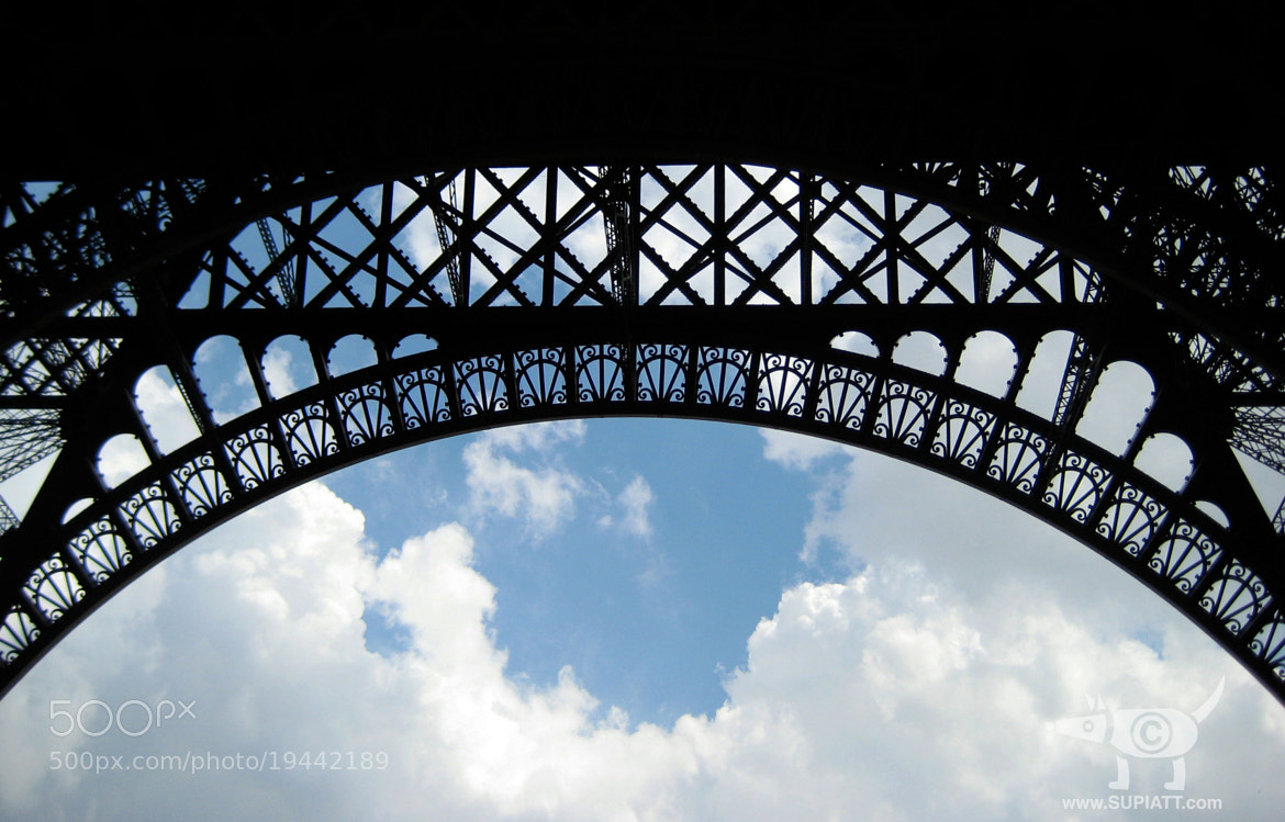 Photograph Ciel Eiffel by su piatt on 500px