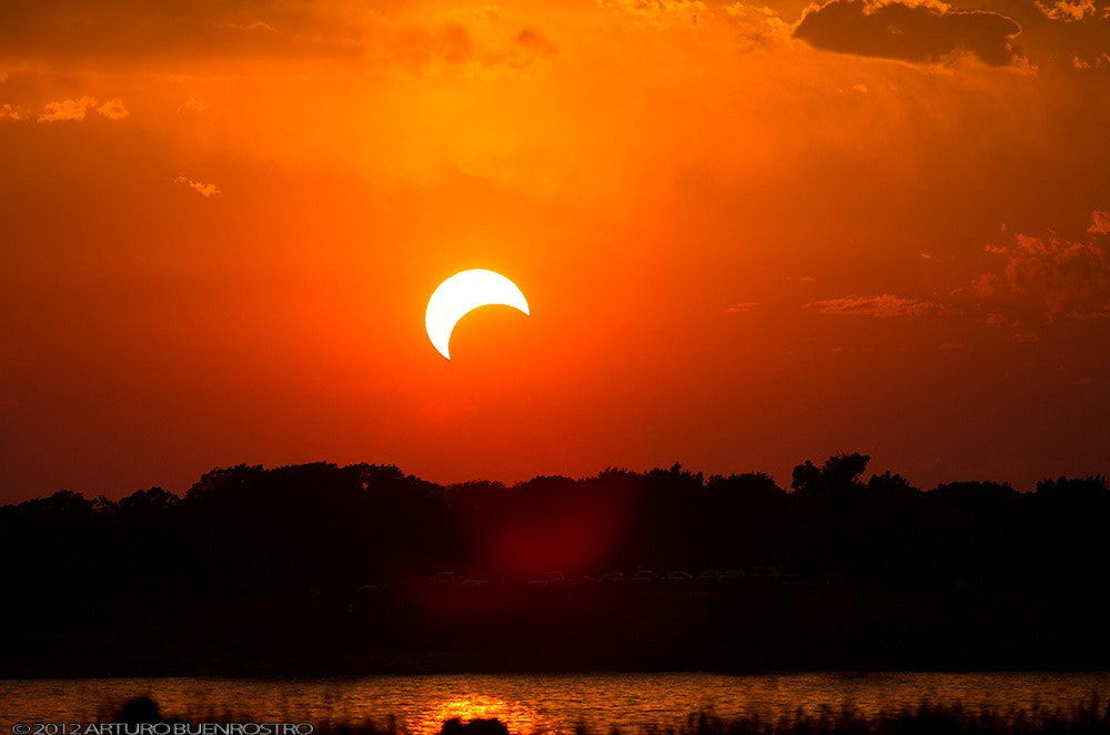 Photograph Eclipse desde Texas by Arturo Buenrostro on 500px