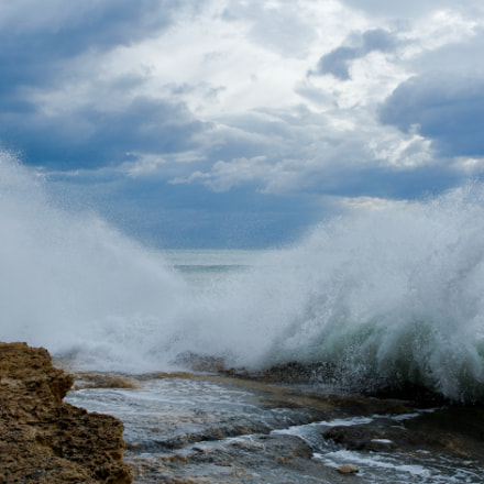 The nervous sea, Canon EOS 1200D, Canon EF-S 15-85mm f/3.5-5.6 IS USM