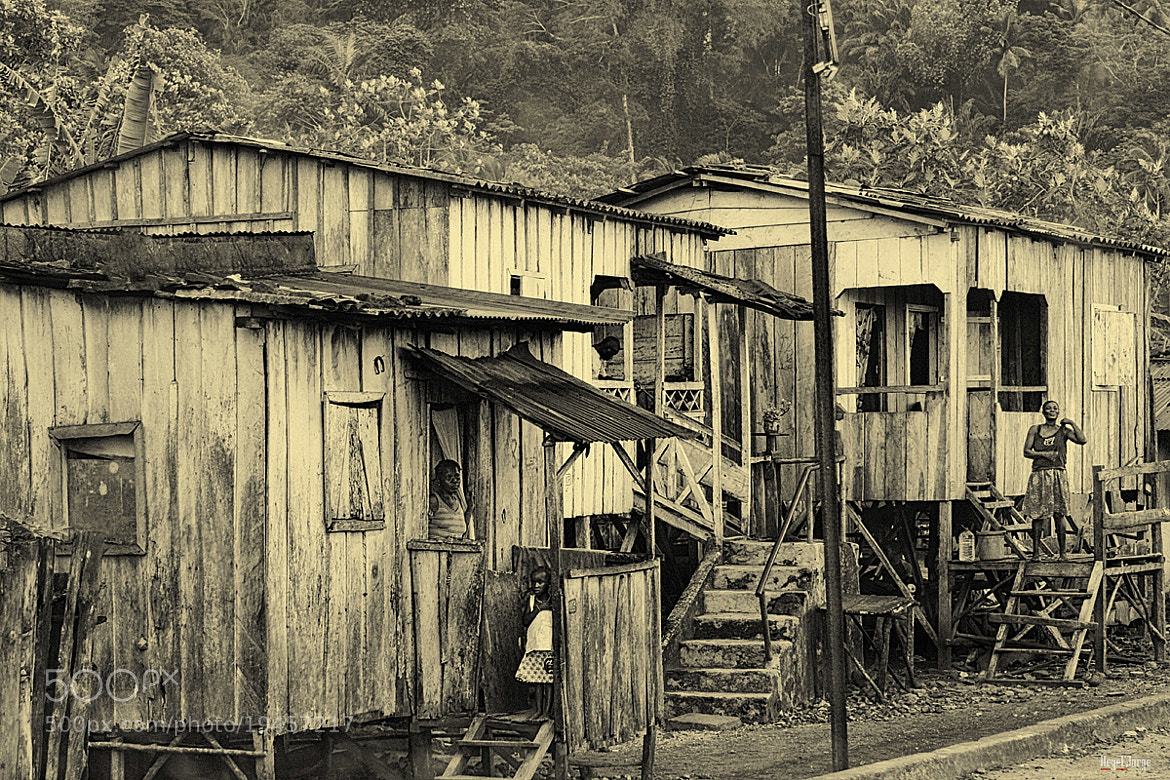 Photograph neighbours by Hegel Jorge on 500px