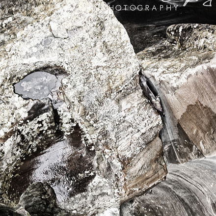 Face in the rock, Canon EOS 450D, Canon EF-S 55-250mm f/4-5.6 IS