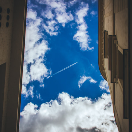 Plane in the sky, Canon EOS 600D, Sigma 18-200mm f/3.5-6.3 DC OS
