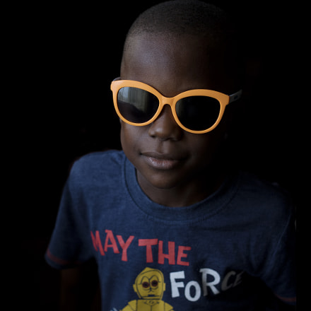 Tolulope's shades, Canon EOS 750D, Canon EF 50mm f/1.8 STM