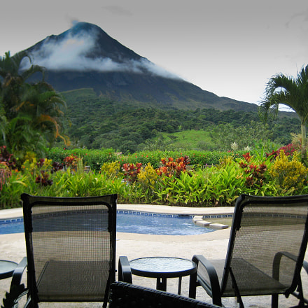 A View of Arenal, Canon POWERSHOT SD750