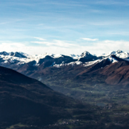 Snowed Pyrenees Mountains, France, Canon EOS 550D, Tamron AF Aspherical 28-200mm f/3.8-5.6