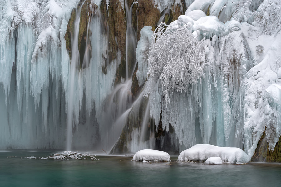 Plitvice in winter, автор — Goran Živkušić на 500px.com
