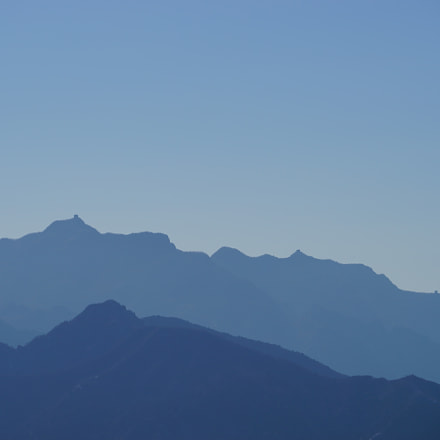 The mountain ranges, Sony ILCE-7, Sony FE 70-200mm F4 G OSS