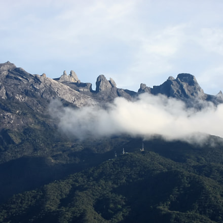 kinabalu peaks, Canon POWERSHOT SD700 IS