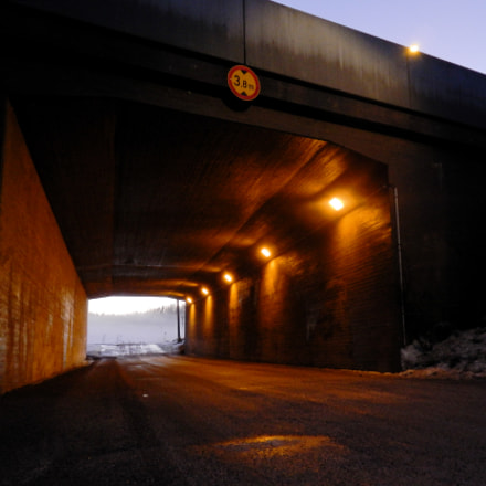 Under the Highway, Nikon COOLPIX S800c