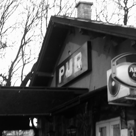 Pub at the train, Nikon COOLPIX A100