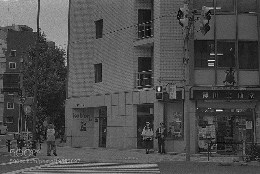 akiba men and women by Motoshi Ohmori (MotoshiOhmori)) on 500px.com