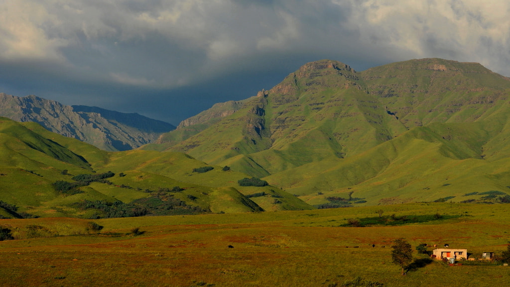 Photograph Drakensburg - Mehloding by Marc Leroy on 500px