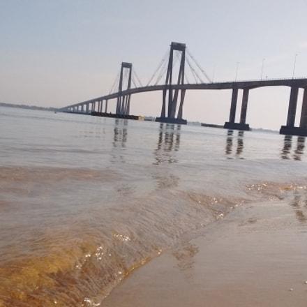 Río Parana y Puente General Belgrano (lado sur)