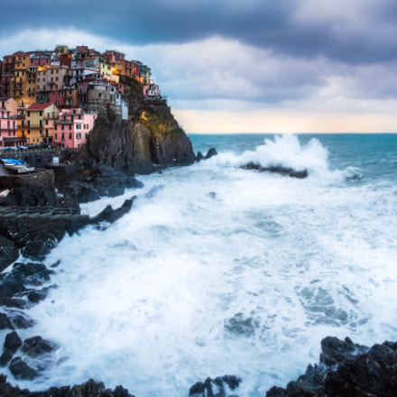 Manarola in the storm, Canon EOS 5D MARK II, Sigma 15mm f/2.8 EX Fisheye