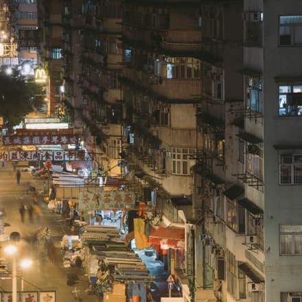 Midnight at Sham Shui, Sony ILCE-7RM2, Canon EF 70-200mm f/4L IS