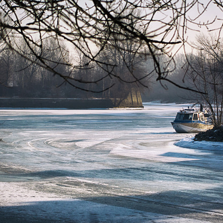 *trapped in the ice*, Nikon D7100, Sigma 18-125mm F3.8-5.6 DC OS HSM