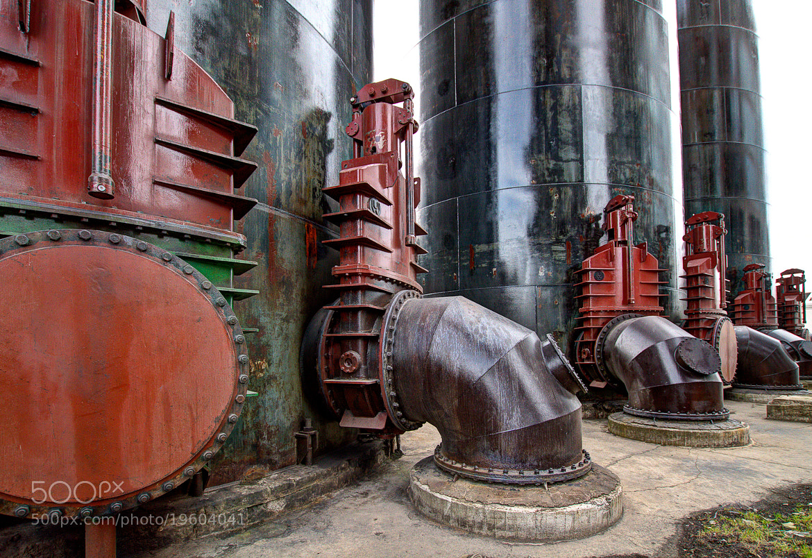 Photograph Heavy duty 2 by Guy Hubsch on 500px