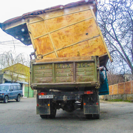 Moving Day in Telavi, Canon POWERSHOT A70