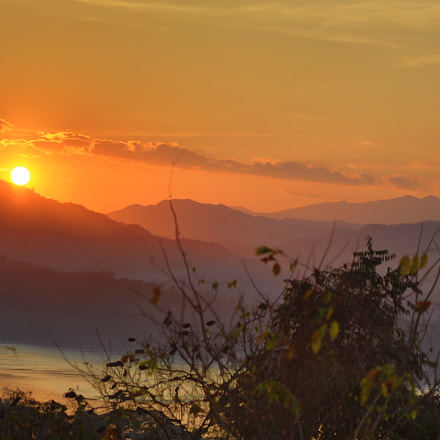 The sunset on Luang, Canon EOS 5D MARK III, Canon EF 75-300mm f/4-5.6 USM