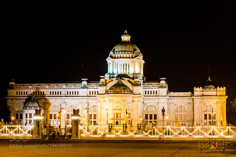 Photograph Ananta Samakhom Throne Hall, Bangkok, Thailand by Heart Disk on 500px