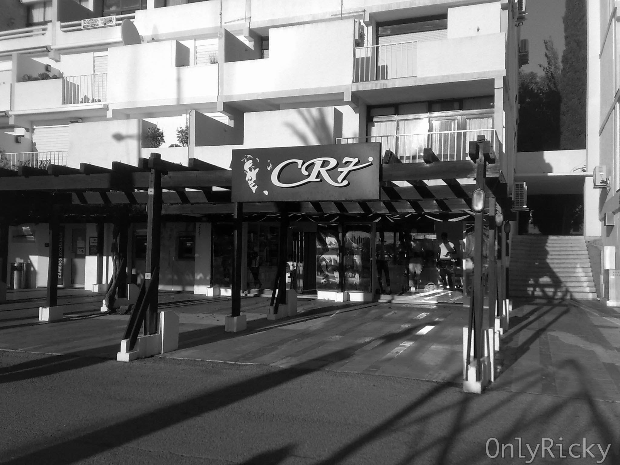 Photograph CR7's Store by Ricardo Cardoso on 500px