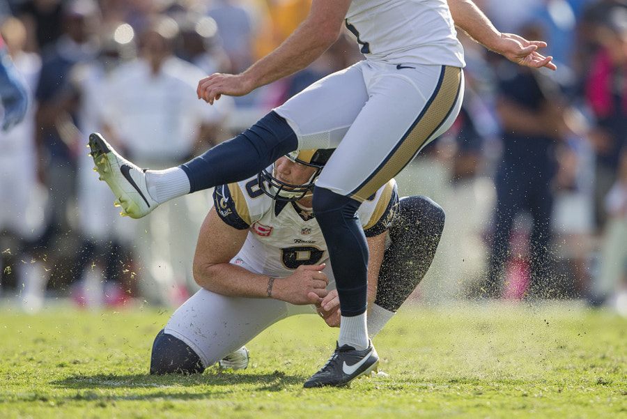 Punter (6) Johnny Hekker of the Los Angeles Rams against the Buffalo Bills during the Rams 19-30... by Jeff Lewis on 500px.com