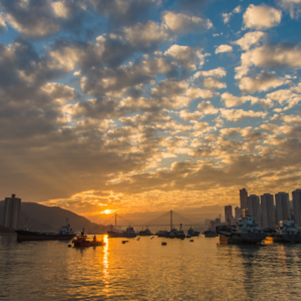 The sunset of Tsuen Wan