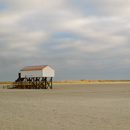 Beach house, Nikon COOLPIX S6600