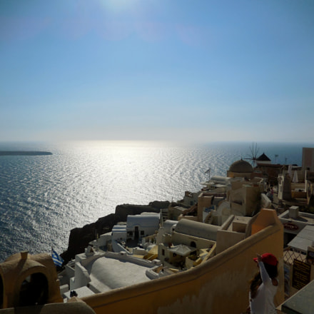 Santorini view on Oia, Nikon COOLPIX S6600