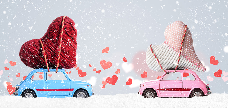 Retro toy cars with Valentine hearts by Sergey Peterman on 500px.com