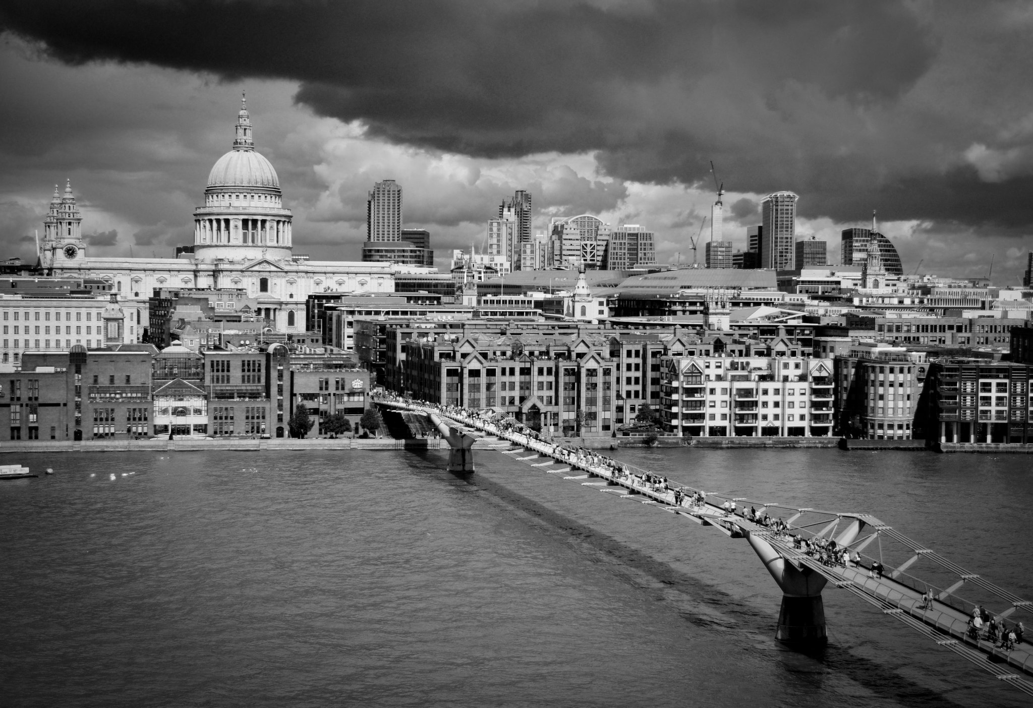 Photograph London 2011 by Carlos Andres Rivera on 500px