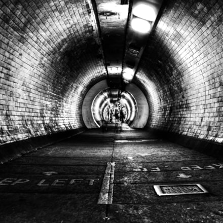 the tunnel vision, Canon EOS 600D, Sigma 17-50mm f/2.8 OS HSM