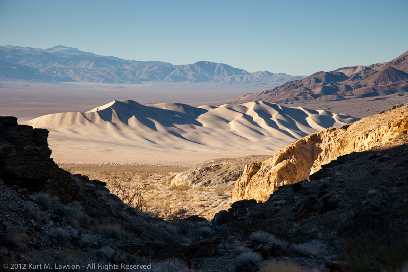 Photograph Eureka Dunes from Dedeckera Canyon by Kurt Lawson on 500px