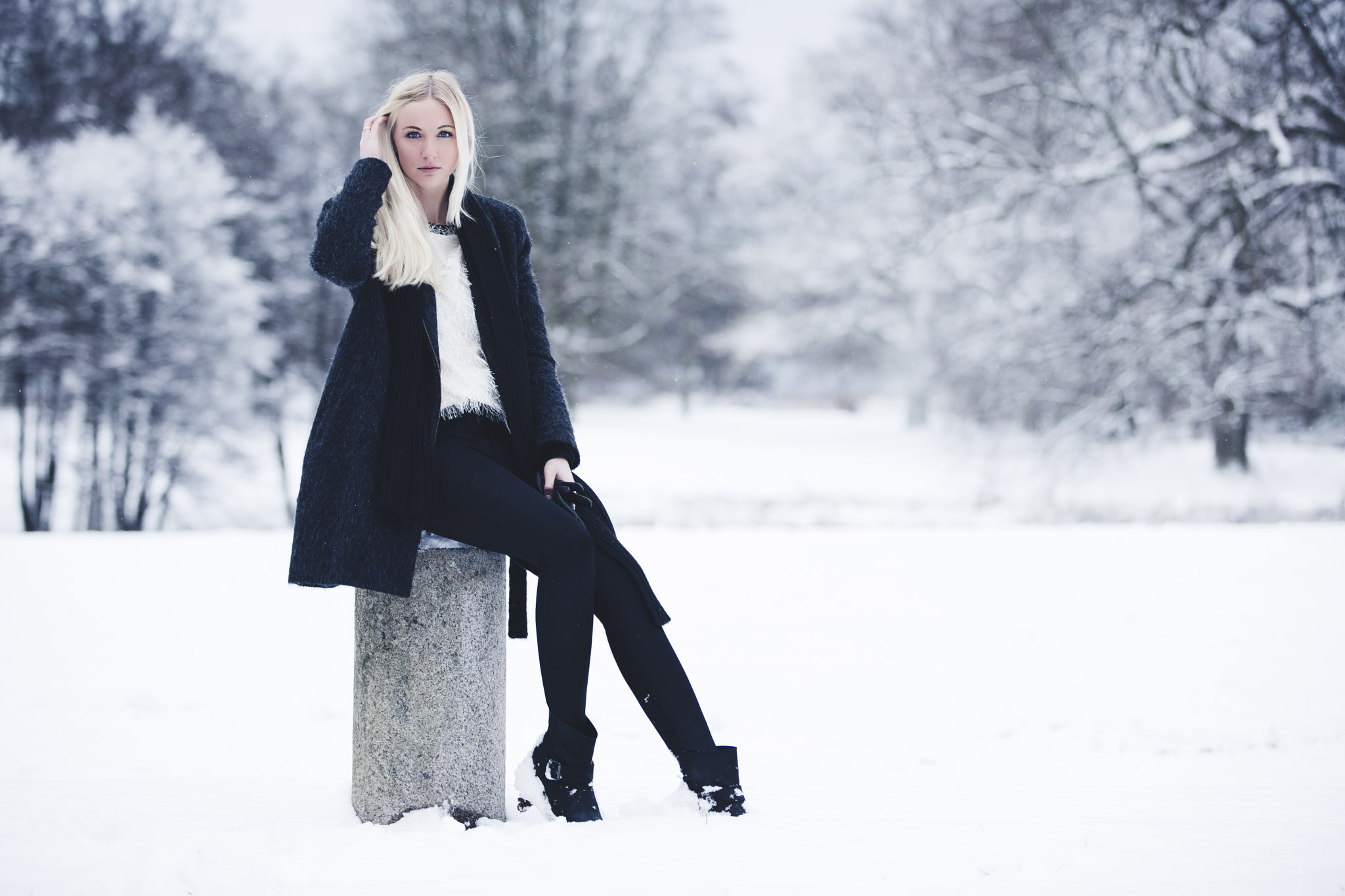 Photograph waiting in the cold by Martin Jørgensen on 500px
