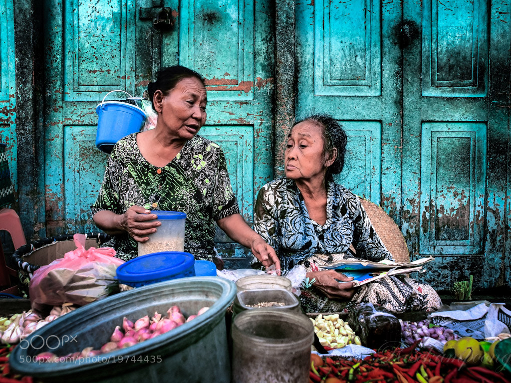 Photograph Morning Dialog by Rose Kampoong on 500px