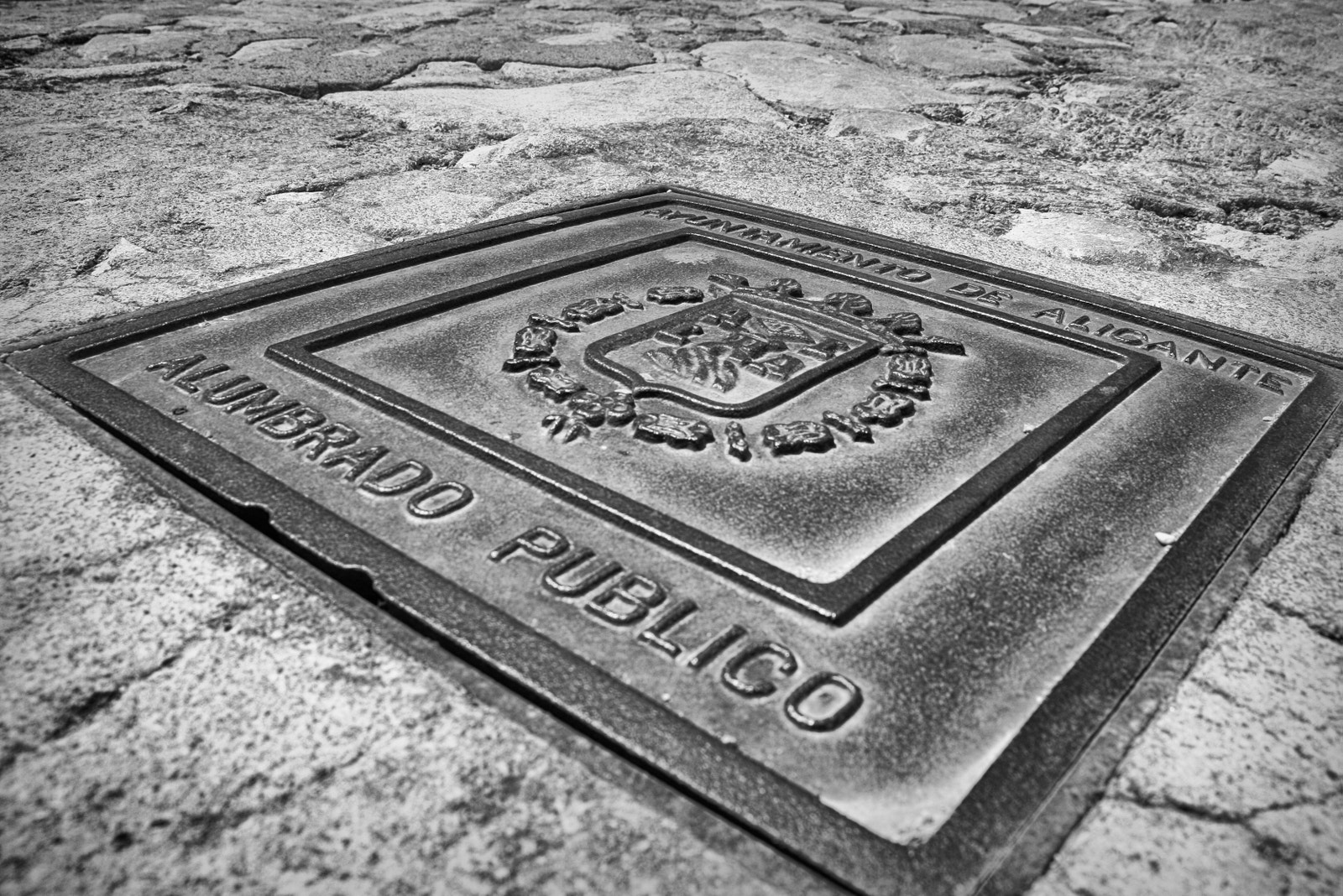 Photograph Manhole in Alicante by Arnaud  on 500px