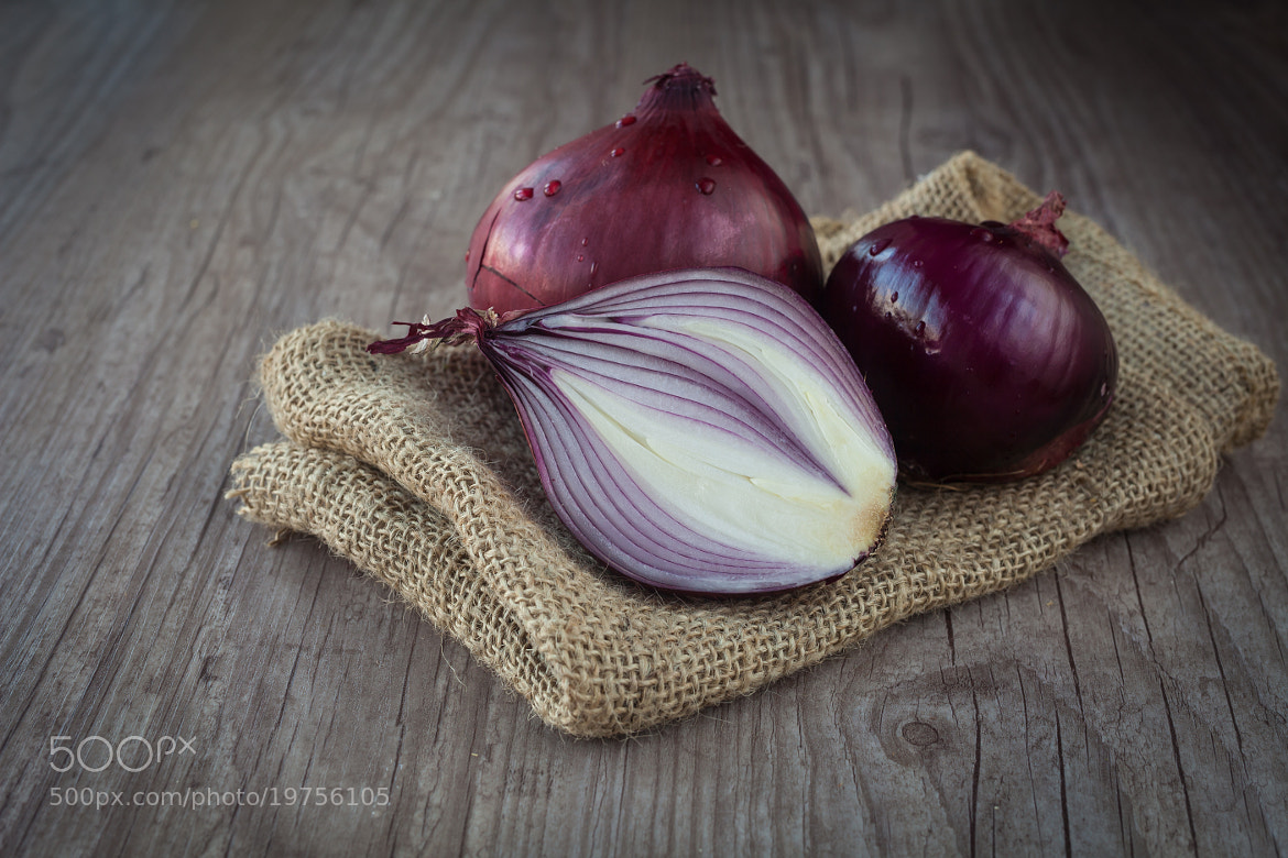 Photograph Red onions by Sabino Parente on 500px