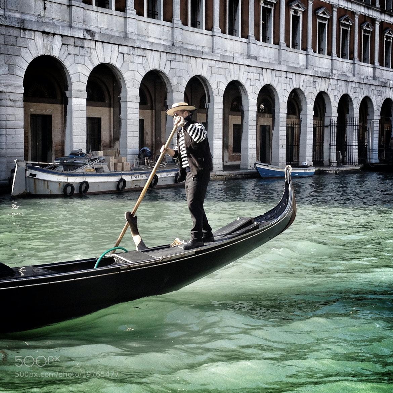 Photograph Gondoliere - Venezia by Alessandro Orrea on 500px