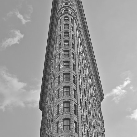 The beautiful Flatiron in, Canon POWERSHOT A570 IS