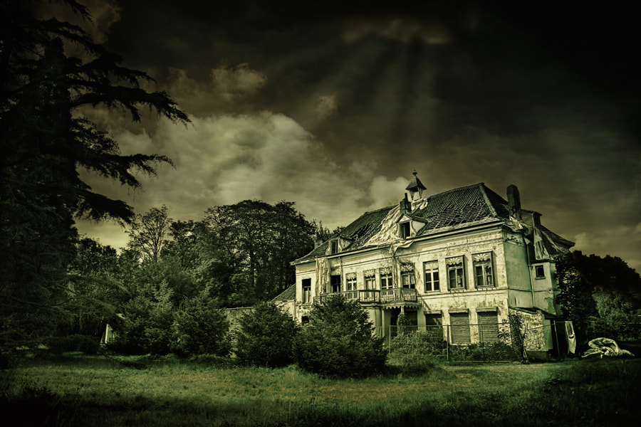 Photograph My scarred house of decay by Robin Roels on 500px
