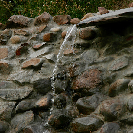 Dripping Water, Canon EOS 20D, Canon EF-S 17-85mm f/4-5.6 IS USM