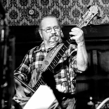 Jam Session Alpnach: Mr. Bass Man I
