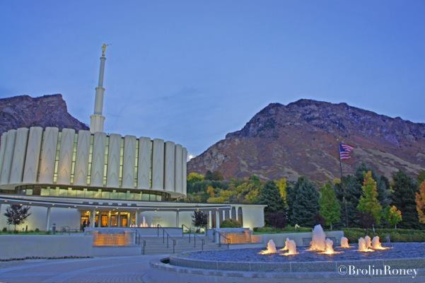 Photograph I love to see the temple by Brolin  Roney on 500px
