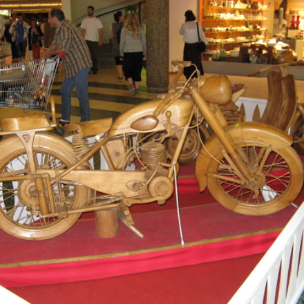 Motorcycle made out of, Canon POWERSHOT A710 IS