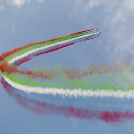 UAE Air Force after, Canon IXUS 500 HS