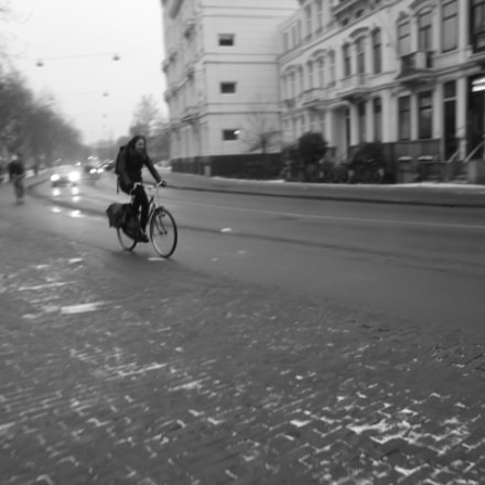 Woman on a Bicycle, Fujifilm FinePix JX370