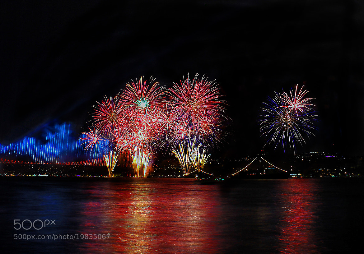Photograph Fireworks ll by zen free on 500px