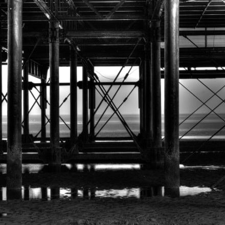 Under the pier Cleethorpes, Canon EOS 7D, Sigma 24-60mm f/2.8 EX DG