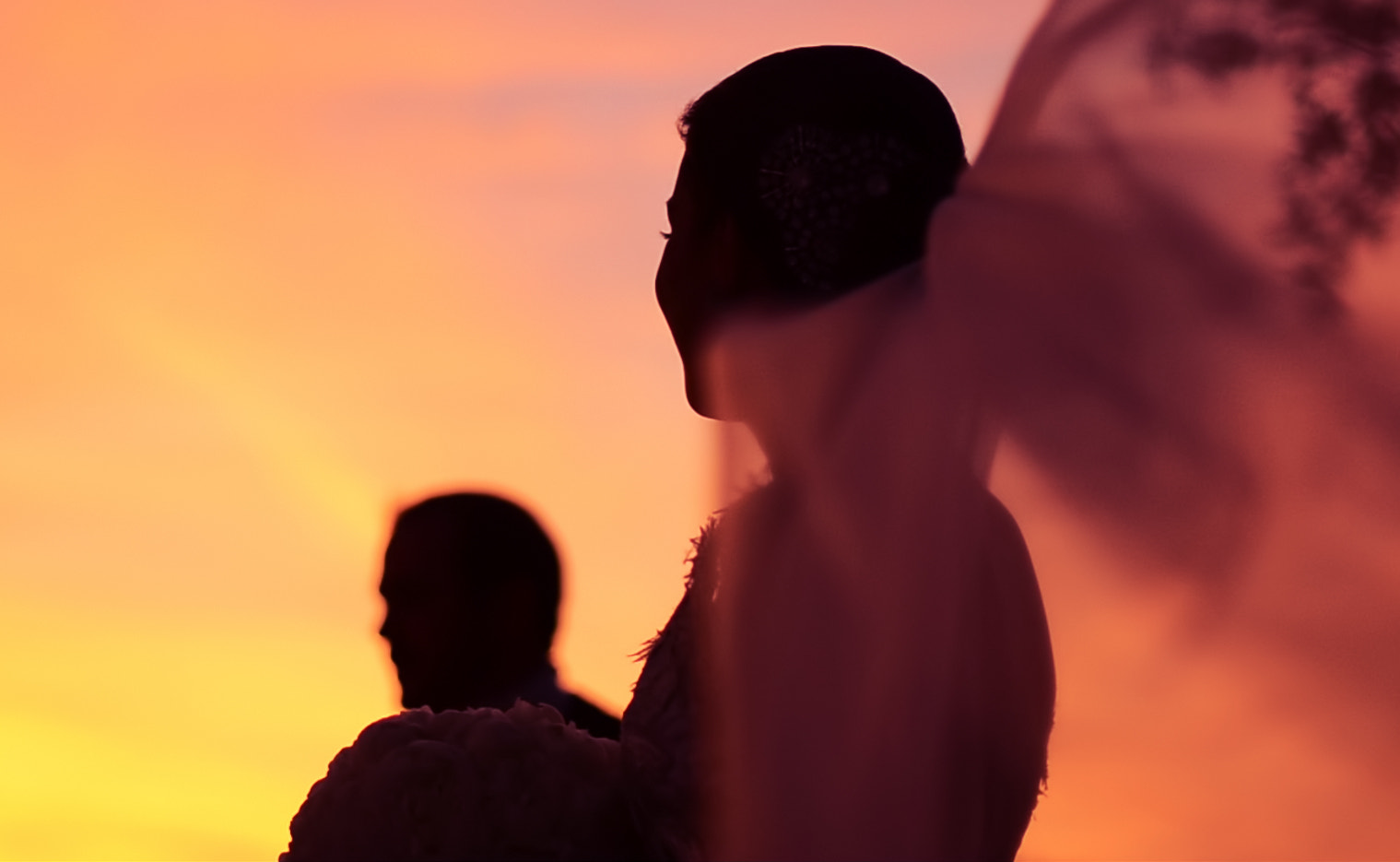 Photograph Newlyweds in the Sunset by Melissa Amengual on 500px