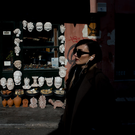 woman and masks, Canon EOS 6D, Canon EF 28mm f/2.8 IS USM